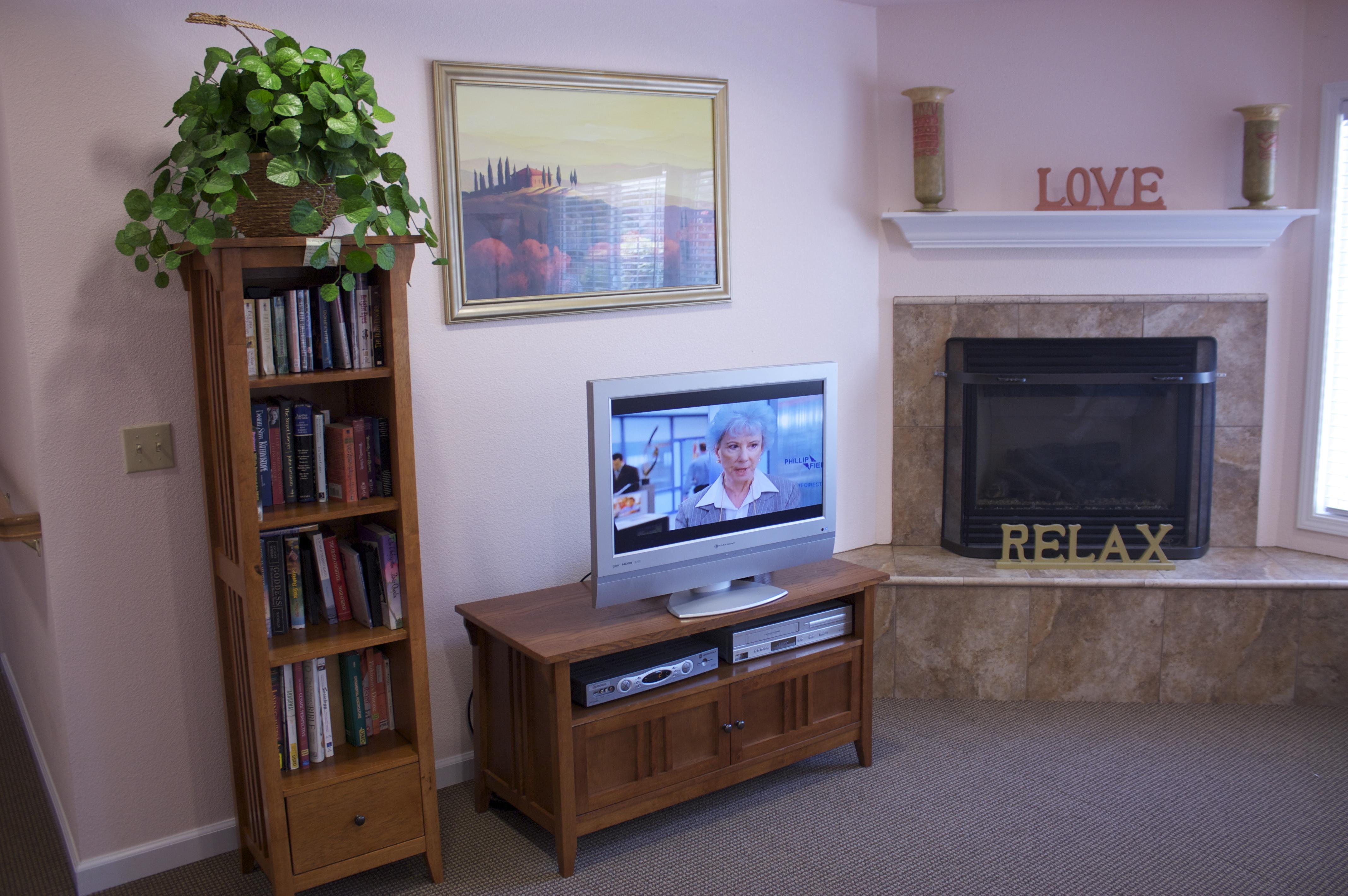 Santa Rosa Assisted Living Room -